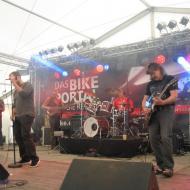 Jordan-Wells-Band-007.jpg